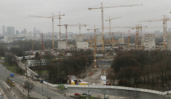 Poljska, edina država z gospodarsko rastjo v EU - Delo