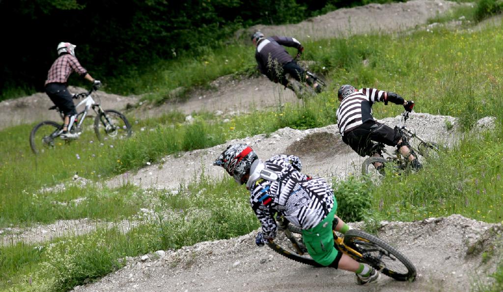 Rezultat iskanja slik za kranjska gora kolesarski park