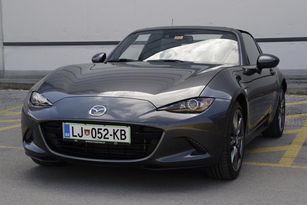 Mazda Mx 5 Rf Cena >> Preizkusili smo: Mazda MX-5 RF G160 revolution top