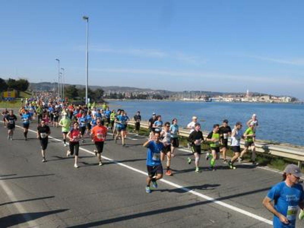 Tekaški program za začetnike: Osmi teden ali postajamo pravi tekači