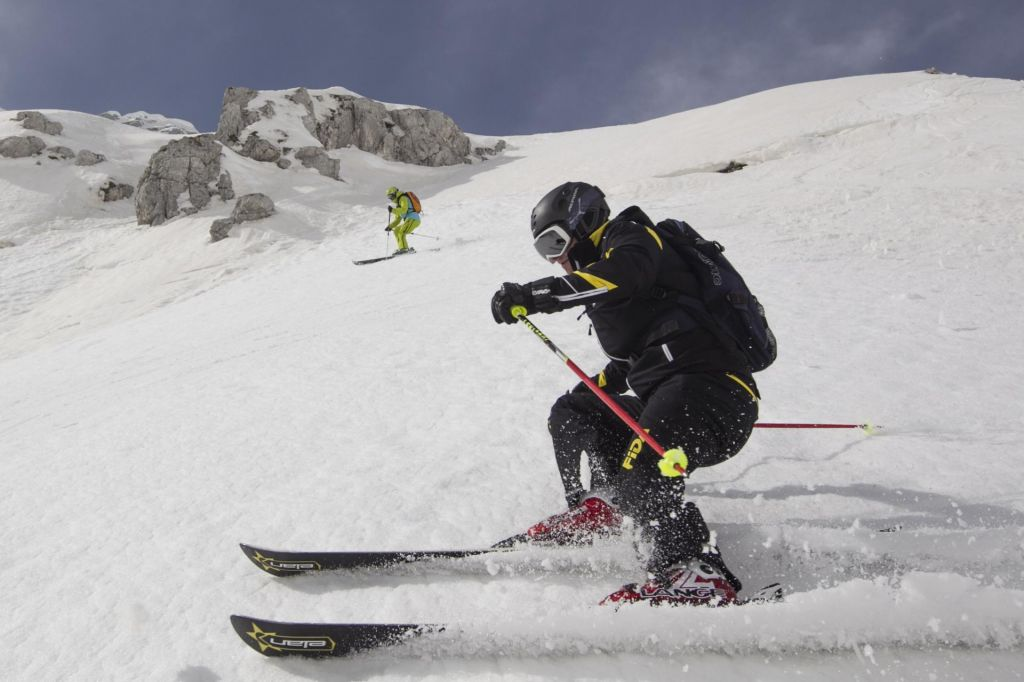 FOTO:S čim na smučišče? Slalomske smuči