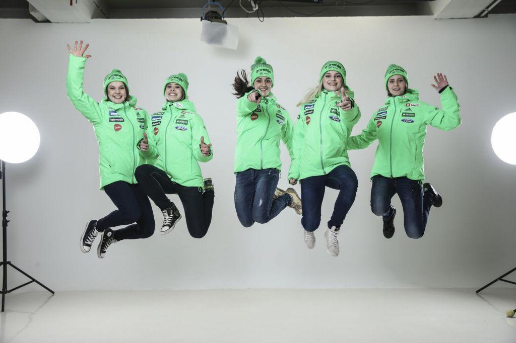 Nova skakalnica v Ljubnem pričakuje najboljše skakalke in navijače