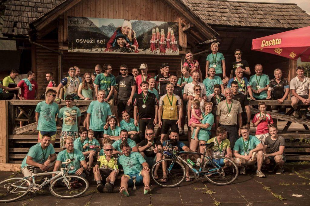 FOTO: Največji skupinski kolesarski pobeg v Sloveniji iz Horjula v Kranjsko Goro!
