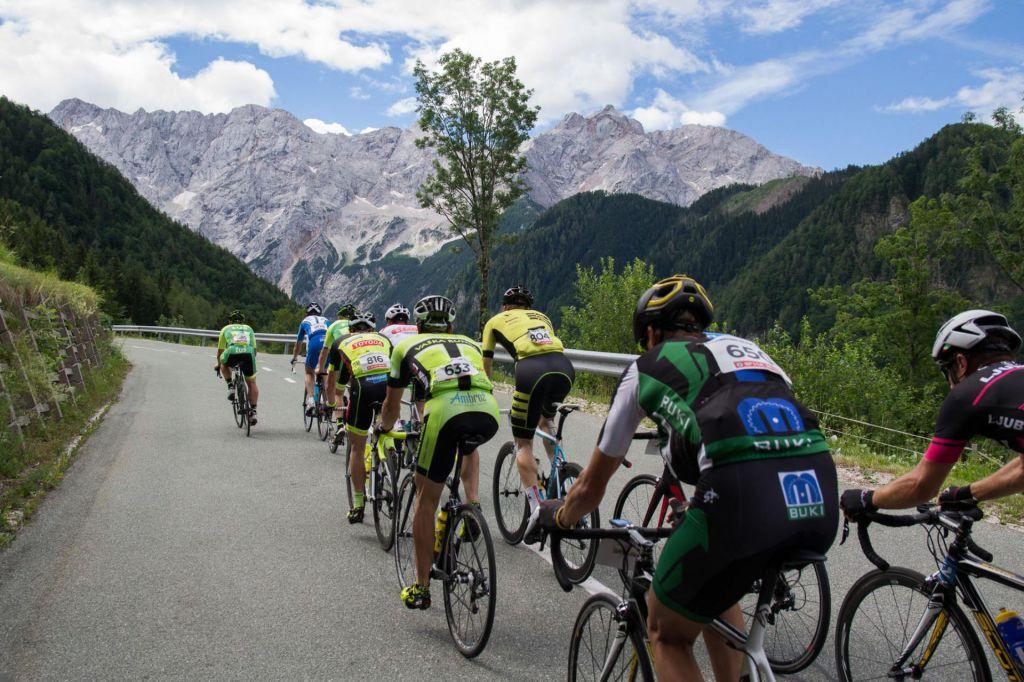 FOTO:Kolesarji obkrožili Kamniško – Savinjske Alpe