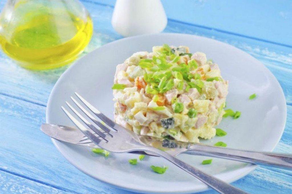 Poletov recept: Francosko ruska solata