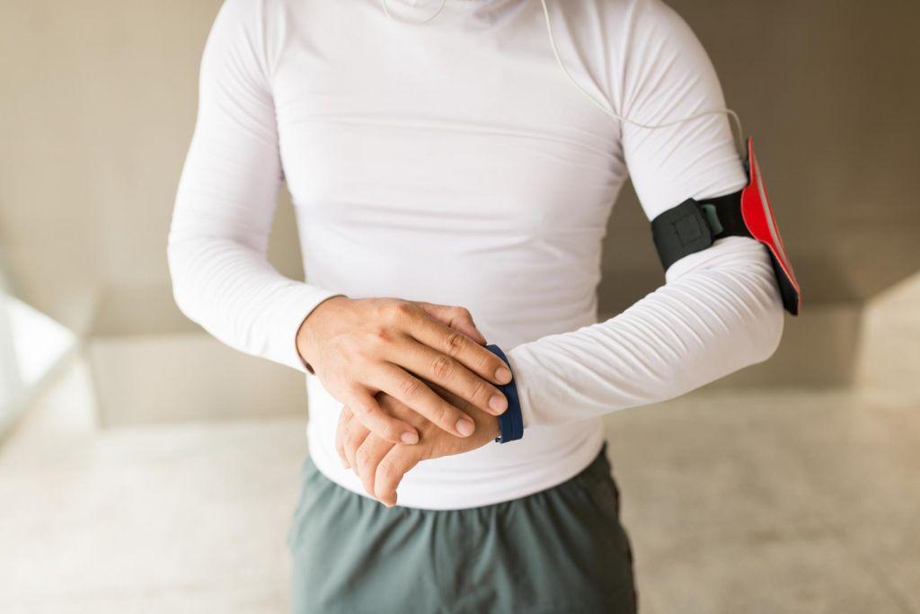 FOTO:Športni gadgeti: Pametne ure in zapestnice