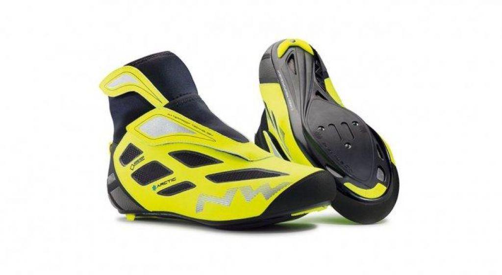 Zimski kolesarski čevlji
