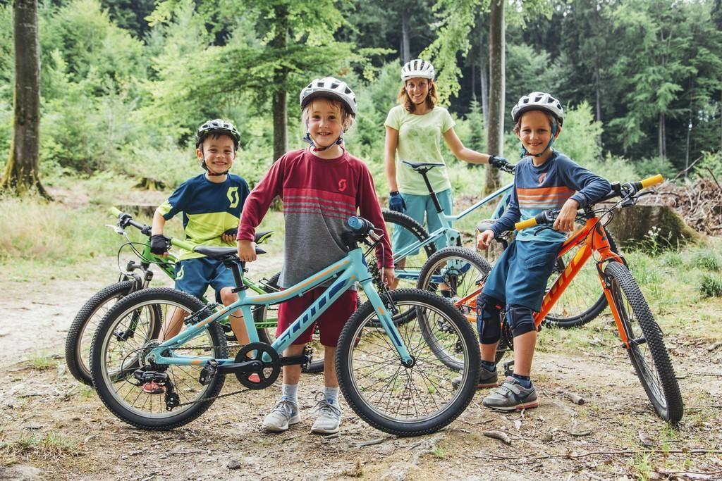 Zakaj otroci ne bi vozili električnih koles?
