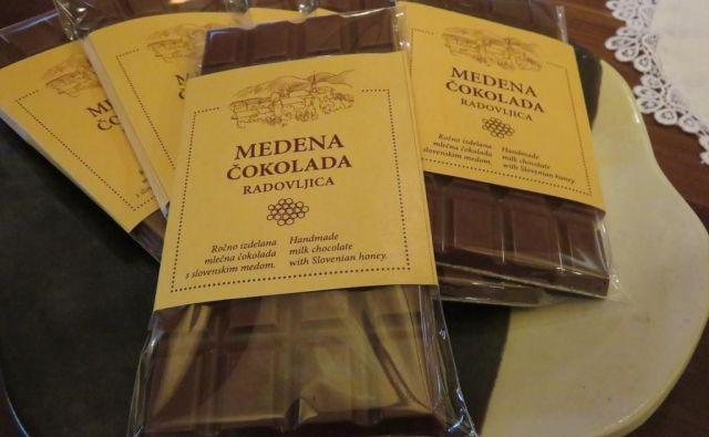 Medena čokolada opominja na prvo praznovanje svetovnega dneva čebel. FOTO: Blaž Račič/Delo