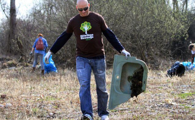 Zadnje akcije Očistimo Slovenijo leta 2012 se je udeležilo 14 odstotkov prebivalcev Slovenije.