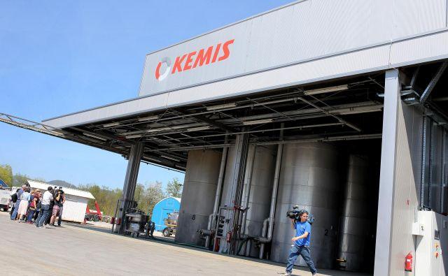 Prenovljeno skladišče za tekoče nevarne odpadke je za zdaj še prazno.