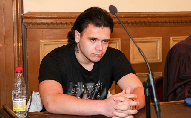 Danes ob 14. uri bo sodišče izreklo sodbo Stefanu Cakiću, tožilstvo zahteva 12 let. FOTO: Marko Feist