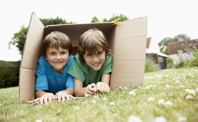 Ni treba veliko za zadovoljstvo otrok. Foto Shutterstock<br />