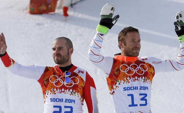 Letos se je od smučanja poslovil Bode Miller (desno), nazadnje je tekmoval pred tremi sezonami. Zadnjo od šestih olimpijskih kolajn, superveleslalomski bron v Sočiju 2014, je osvojil skupaj z Janom Hudecem (levo), ki je letos prav tako končal kariero.<br /> FOTO: Leonhard Foeger/Reuters