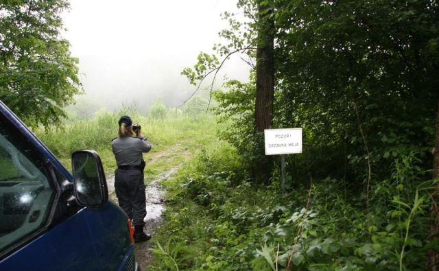 Policija ima na širšem območju Bele krajine in ilirskobistriškega konca že več mesecev poostren obmejni nadzor.