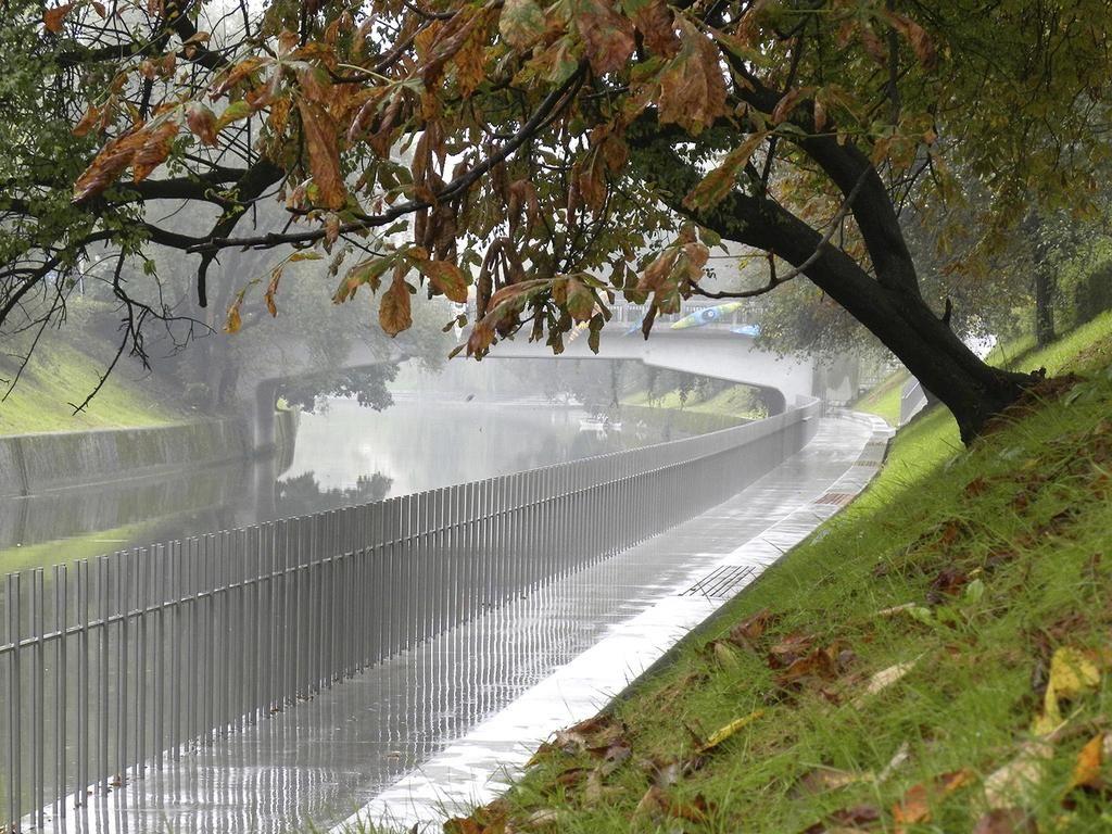 FOTO:Ureditev nabrežij Ljubljanice prinesla nov javni prostor