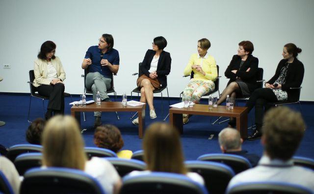 Strokovnjaki so predstavili posledice nepremišljenih političnih ukrepov. FOTO: Jure Eržen/delo/