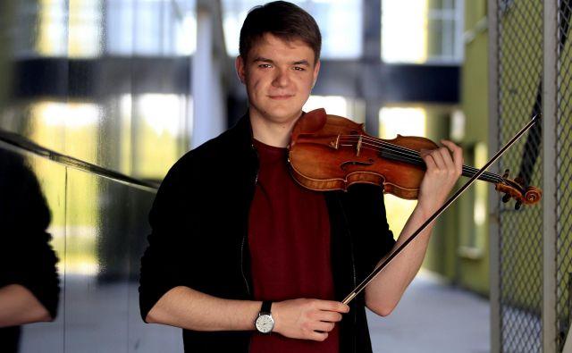 Do 16. leta osvojil 12 najvišjih nagrad na državni in mednarodni ravni. FOTO: Roman �Šipić/Delo