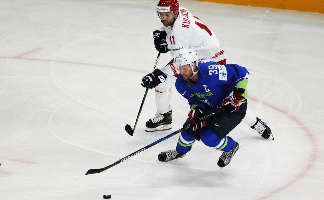 Jan Muršak, na zadnjih OI kapetan risov, bo v novi sezoni igral za Bern v švicarskem prvenstvu.