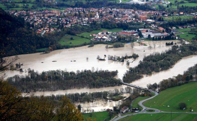 Poplave so leta 2012 prizadele celotno porečje Drave v Sloveniji. FOTO: Tadej Regent/Delo/