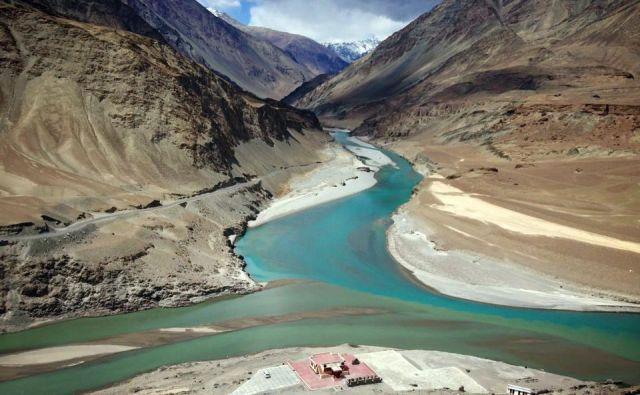 Himalaja zagotavlja vodo za četrtino ljudi na planetu.