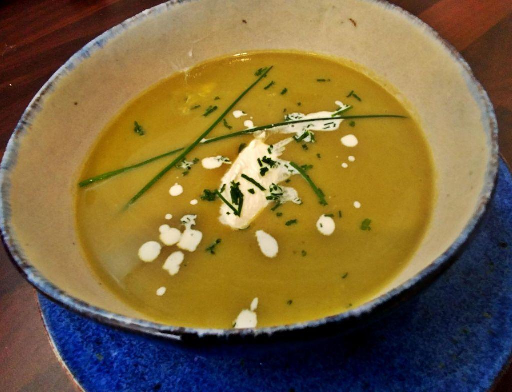 Poletov recept: Špargljeva juha