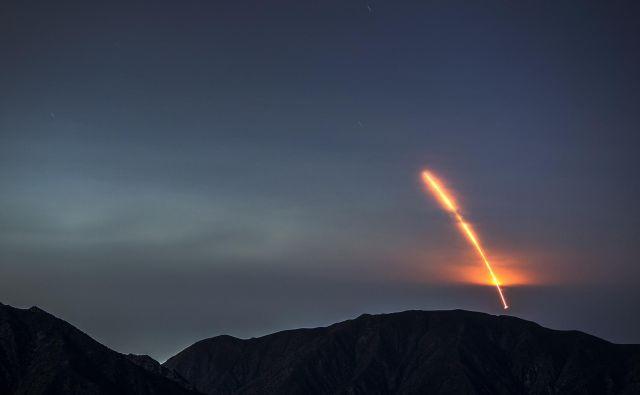 Poleg vesoljskega plovila so tokrat prvič v Marsovo orbito poslali tudi dva manjša satelita. FOTO: David Mcnew/AFP