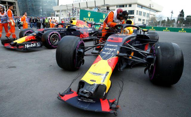 Z novo aerodinamiko bi se Red Bulla v Bakuju lahko varno prehitela, tako pa sta trčila in končala dirko.