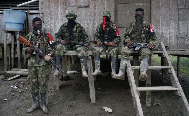 Pripadniki Narodne osvobodilne vojske (ELN) FOTO: Federico Rios/Reuters