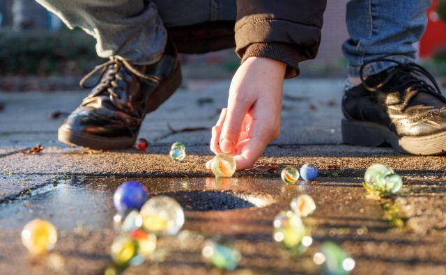 Se še spomnite frnikulanja? FOTO: Shutterstock/