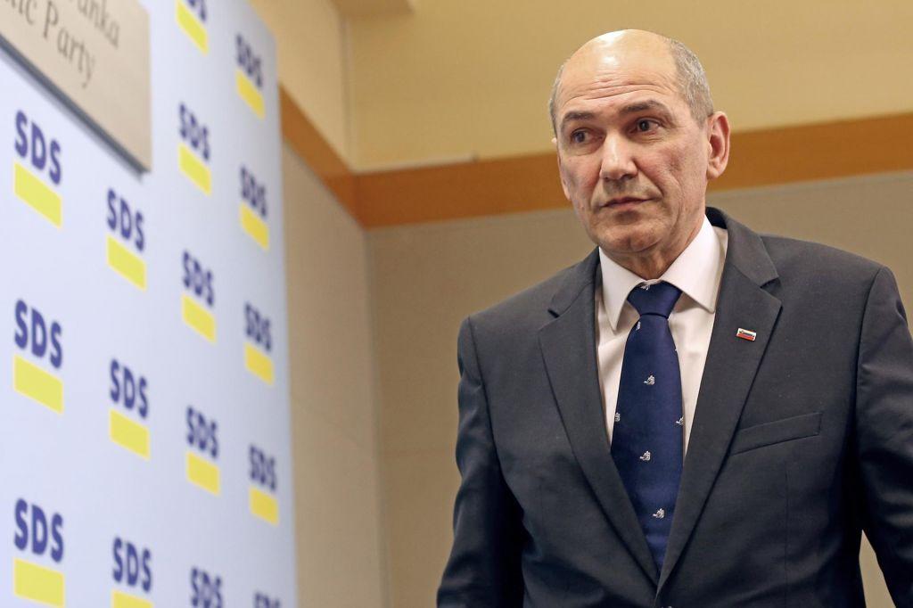 FOTO:Anketa Dela: Stranka Janeza Janše stopila v ospredje