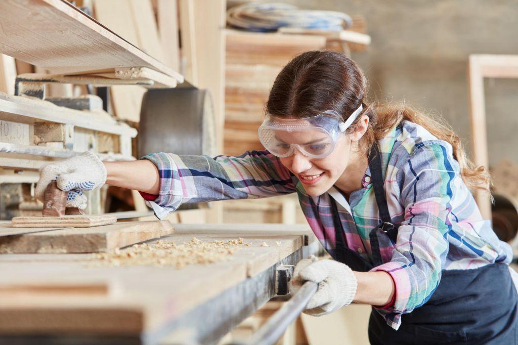 Vajeništvo – zanesljiva pot do poklica in zaposlitve