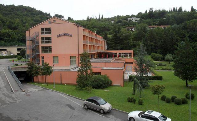 Resort v procesu razdolževanja prodaja družba Hoteli Bernardin. FOTO: Blaž Samec/Delo FOTO: Blaz Samec/delo/