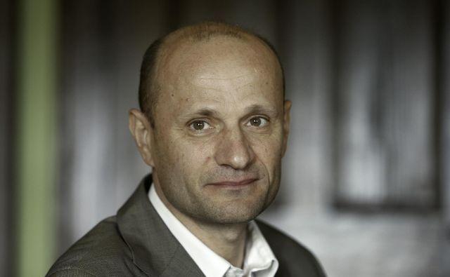 Dušan Šarotar