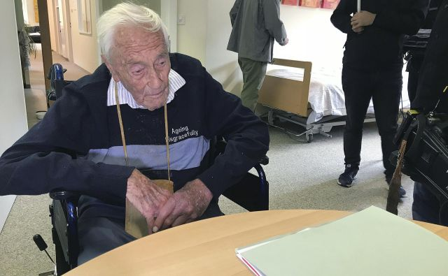 David Goodall si je za svojo smrt izbral današnji dan. V kliniki v Baslu so mu vbrizgali barbiturat nembutal. FOTO: Philipp Jenne/Ap