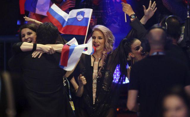 Lea Sirk je prepričala poslušalce, saj so jo poslali v finale. FOTO: AP