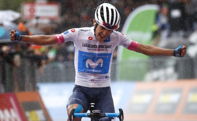 Richard Carapaz je v nalivu slavil največjo zmago kariere. FOTO: Luk Benies/Afp