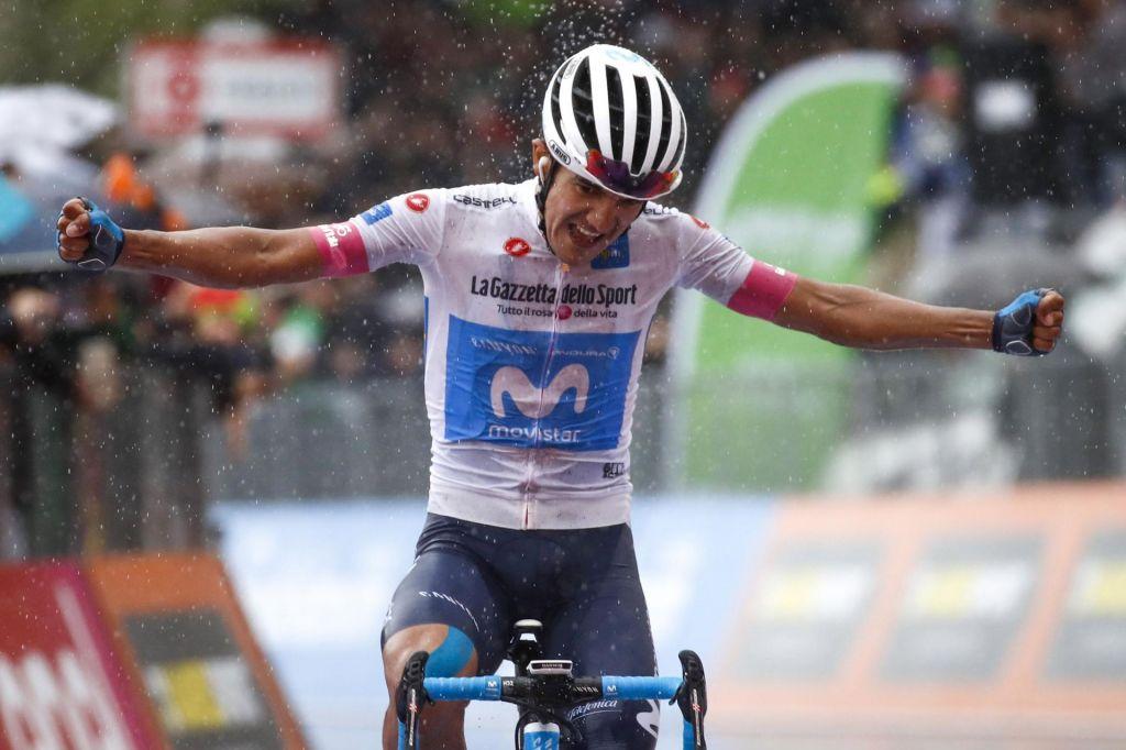 Giro: Polanc in Mohorič za las prekratka, na vrhu bela majica
