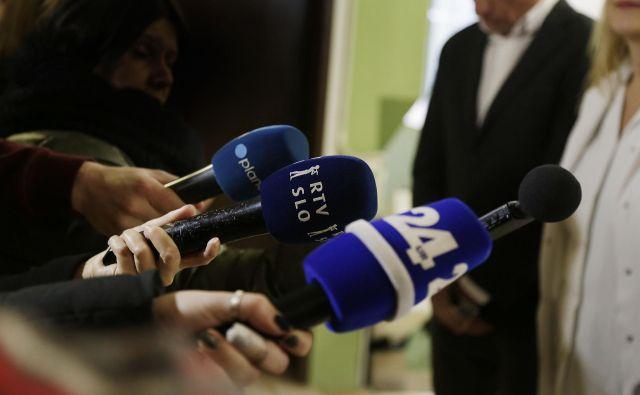 Problematično je, če je politik, ki je tudi novinar, predmet lastnega pisanja.FOTO: Leon Vidic/Delo/