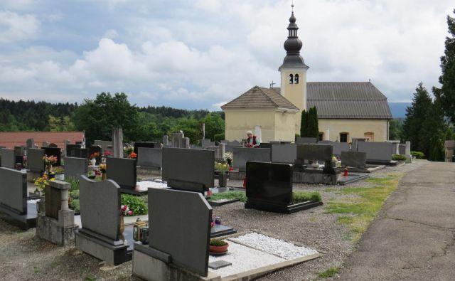 V Črnomlju opozarjajo, da občine ne morejo prevzeti bremena pokopa. FOTO: Bojan Rajšek/Delo