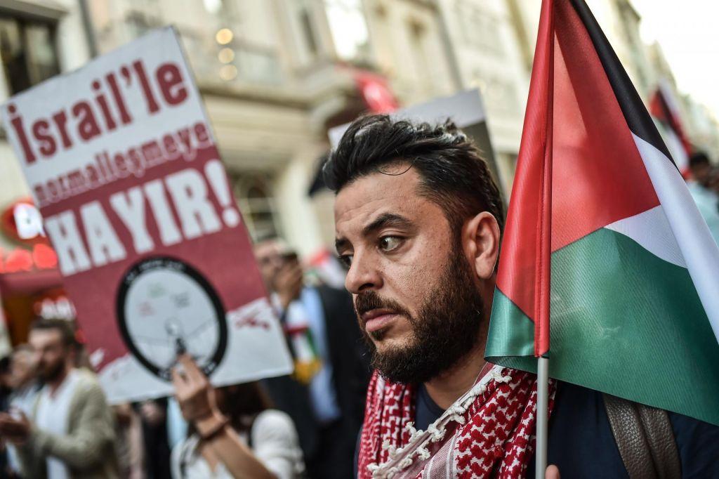 FOTO:Turčija začasno izgnala izraelskega konzula