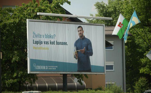Oglaševalsko razsodišče meni, da oglas »Lupijo vas kot banane« krši določila slovenskega oglaševalskega kodeksa o poštenosti, resničnosti in dokazljivosti. FOTO: Jure Eržen