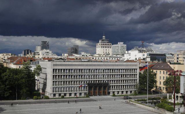 Volilni zakon je bil sprejet davnega leta 1992 in doslej ni bil bistveno spremenjen. FOTO: Leon Vidic/Delo