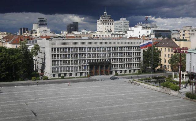 Volilni zakon je bil sprejet davnega leta 1992 in doslej ni bil bistveno spremenjen. FOTO: Leon Vidic