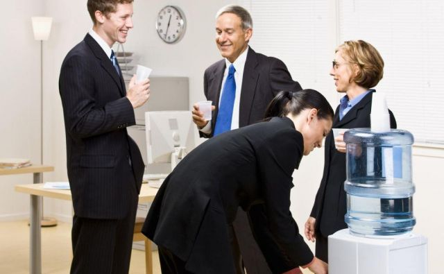 Za zaposlitev je socialna mreža zelo pomembna. FOTO: Shutterstock/