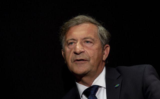 »Pred sestavo vsake vlade v koalicijsko pogodbo natančno zapišemo, kakšna so pričakovanja Desusa, vendar kasneje predsedniki vlad tega ne jemljejo resno,« pravi predsednik stranke Desus FOTO: Voranc Vogel