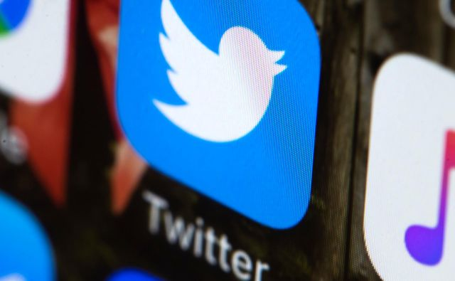 Twitter vidijo člani konservativnega sveta kot del zahodne invazije. FOTO: Matt Rourke/AP