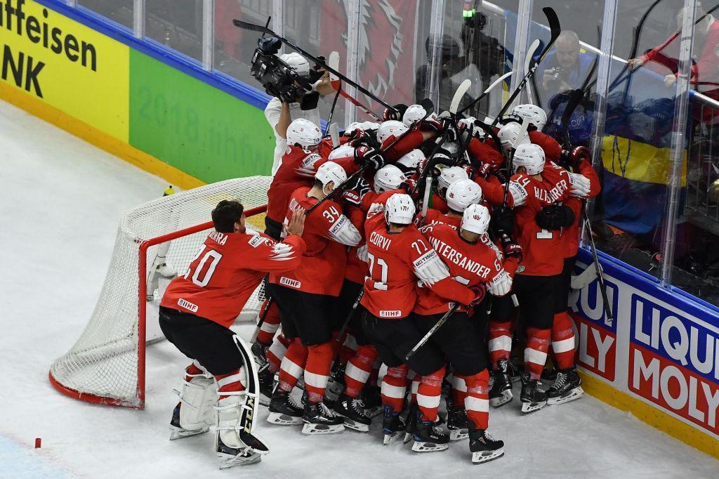 FOTO:Hokejsko SP: Švede bodo presenetljivo izzivali Švicarji (VIDEO)
