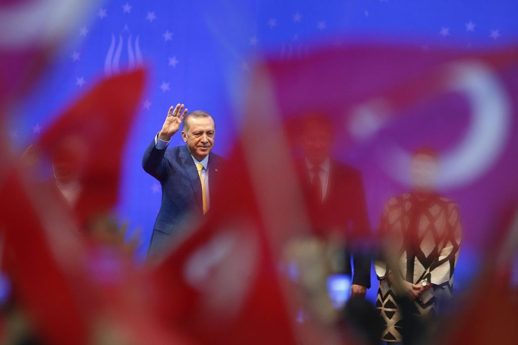 FOTO:Erdogan v Sarajevu: Mi nismo prišleki v Evropo (FOTO)