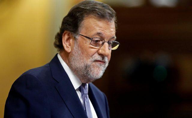 Mariano Rajoy je Torro danes pozval, naj oblikuje vlado, ki se bo lahko ohranila, bo spoštovala zakonodajo in se »resno pogovarjala«.FOTO: Andrea Comas/Reuters